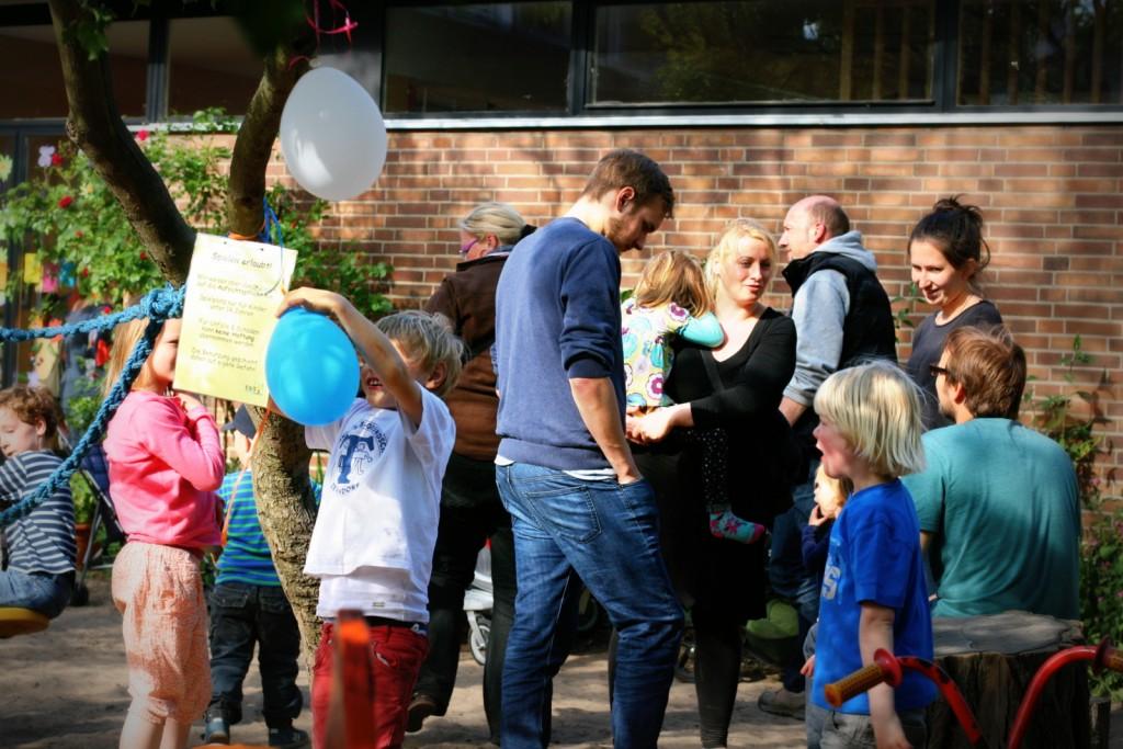 Familien, Kinderschminken, Experimente und Kaffee & Kuchen